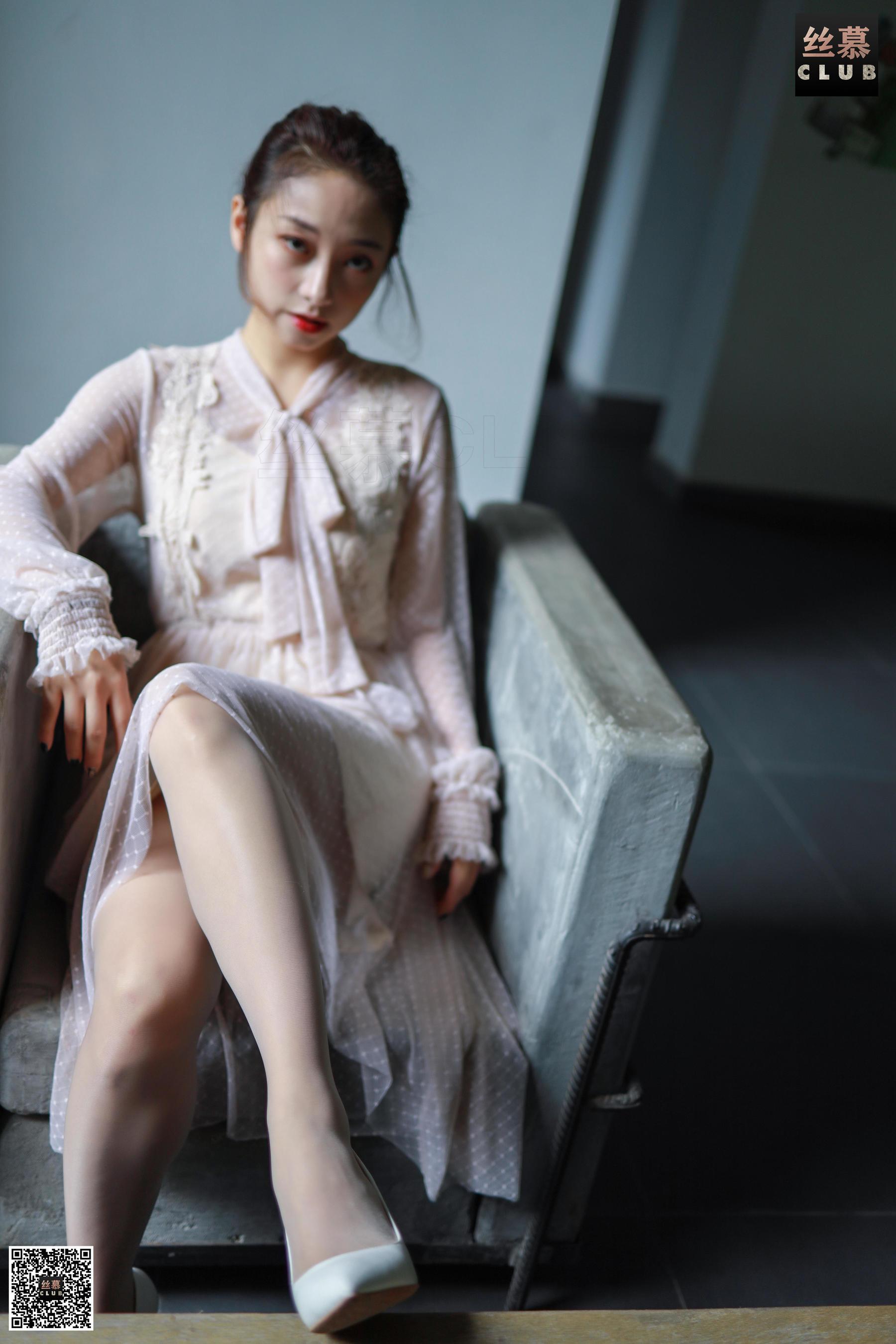 [尤果圈爱尤物]美七Mia(模特美七Mia)No.1999超高清写真大图片(35P)|151热度