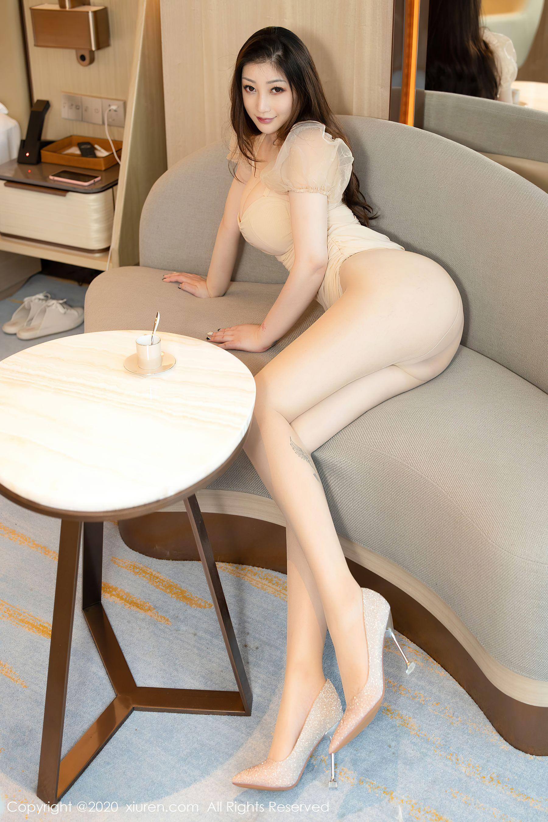 [秀人网]妲己_Toxic(柠檬c_lemon,妲己)No.2731超高清写真大图片(50P) 425热度