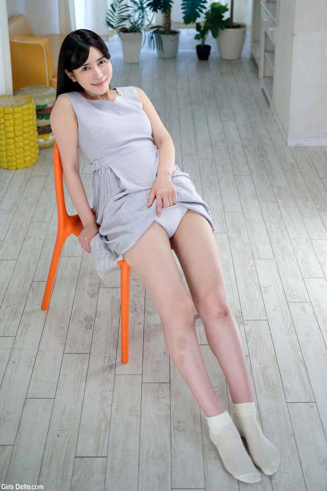 [Rinne Mitsuoka、光岡凜音]编号:NO.9365高清写真作品图片-2004-08-09上架
